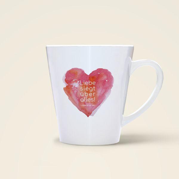 Tasse Liebe siegt über alles Spruch bedruckt