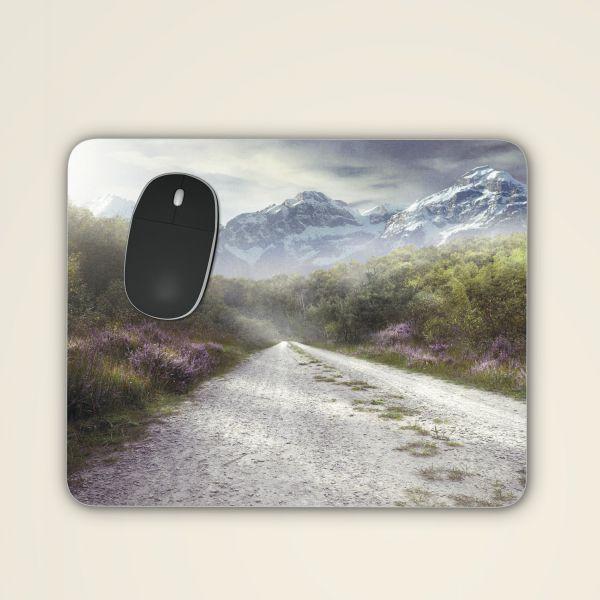 Mousepad 'Berglandschaft und Wanderweg'